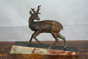 ART DECO French 1930 Deer hunt spelter bronze patina marble base