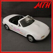Vintage Sindy 2 Seater White Sports Car Mazda MX5 Miata Toy  Roadster Vintage