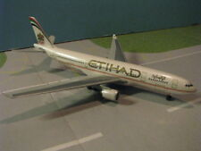 DRAGON WINGS (55901) ETIHAD A330-200 1:400 SCALE DIECAST METAL MODEL