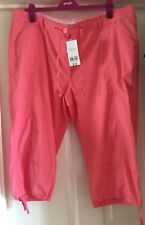 BNWT Peacocks Coral Cropped Trousers, Size 18 - Lovely!