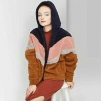 Women's Long Sleeve Zip-Up Colorblocked Hooded Sherpa Jacket Wild Fable