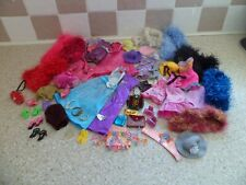 BUNDLE OF ASSORTED GLITTERY CLOTHES WITH BOAS BAGS SHOES & MORE FOR BARBIE