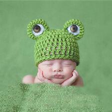Baby Fotografie Fotoshooting Frosch Strick Mütze Kostüm Häkelkostüm Neugeborenen