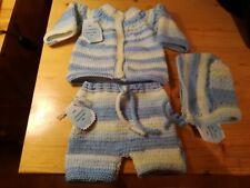 Conjunto lana bebé jersey, pantalón y gorro. Primera puesta. Hecho a mano