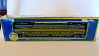HO Scale AHM/Tempo GG1 Electric Locomotive Pennsylvania RR, #4929 Green