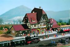 Vollmer 47522 Railway Station Neuffen, Kit, N