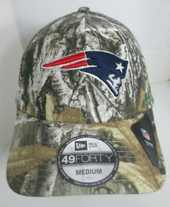 """Patriots New England Hat Fitted Camouflage Men X-Sm Women Med aprox 7"""" NFL Cap"""