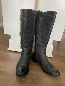 WOMENS BLACK LEATHER BOOTS (SIZE 12)