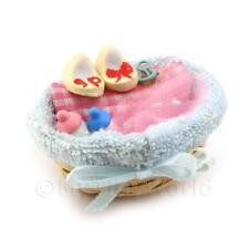 Maison de poupées miniature Bébé PANIER complet avec accessoires