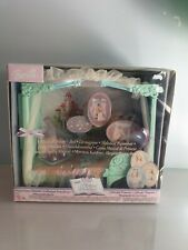 2003 Barbie princess collection BARBIE MUSICAL DREAM BED
