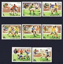 Football Cambodge (58) série complète 8 timbres oblitérés