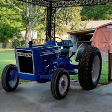 Ford 3600 Diesel Farm Tractor - NICE!