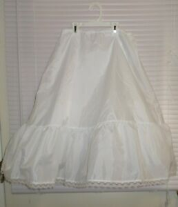 David's Bridal Crinoline 1-Tiered A- Line Long Slip Size 7-10 Girls