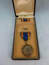 WWII Air Medal Set in Box Medal on Ribbon Ribbon Bar Oak Leaf Lapel Pin USAAF