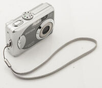 Ricoh Caplio RR660 Digitalkamera Kamera Super Zoom Lens 5.5-16.5mm Optik
