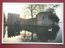 POSTCARD SOMERSET WELLS CATHEDRAL - THE BISHOPS PALACE