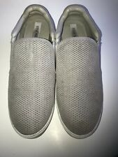 Steve Madden Whilma Gray Size 11M Women's Slip On Sneakers Flats Shoes Suede GUC