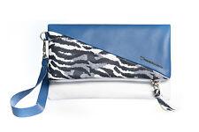 90887de798 Pochette Borsetta Borsa Clutch portatutto da donna in vera pelle blu e  zebrata