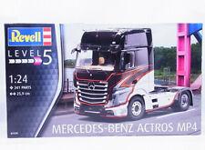 Revell Mercedes-Benz Actros MP4 1:24 Modellbausatz (07439)