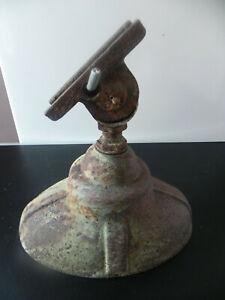 Ancienne tête de lampadaire d'extérieur éclairage public en fonte