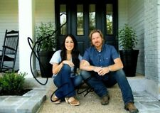 CHIP and JOANNA GAINES Signed Autographed HGTV FIXER UPPER Photo