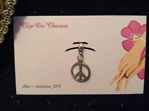 Clip on Charm - Peace Sign - For Link Bracelets and Zippers
