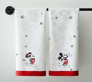 Pottery Barn  Disney Mickey Mouse Holiday Guest Towels Set of 2 Santa hat mickey