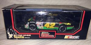 1991 Racing Champions 1/24 Scale # 42 Kyle Petty Mellow Yellow NASCAR Race Car