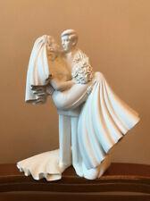 FIGURINE WILTON WEDDING CAKE TOPPER PORCELAIN WEDDING COUPLE ROMANTIC GIFT UK