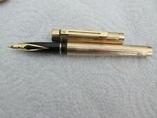 Stylo plume SHEAFFER  gold electroplated plume or 18 carats