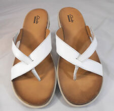 Clarks Collection Womens Sz 7.5 D Adjustable Strap Walking Flip Flops White Tan