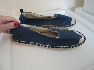 JD WILLIAMS brand new men`s blue denim casural summer shoes size uk 7E (41)