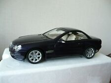 MINICHAMPS 2001 MERCEDES BENZ SL - 1/18