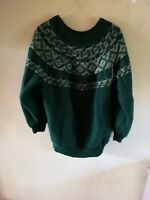 Beautiful vintage hand-knitted jumper