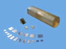 Titanium Oxide TiO<sub>2</sub> Crystal Substrates