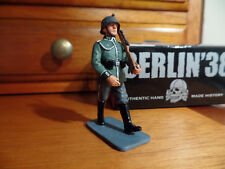 LAH067 King & Country Wehrmacht Marching Rifleman (RETIRED)