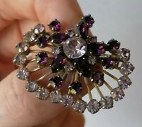 Vintage 50s Amethyst Purple Glass Crystal Riveted Gold Tone Fan Pin Brooch