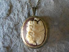 -SISTERS, MOTHER/DAUGHTER, 3 GENERATIONS CAMEO LOCKET - ANTIQUED BRONZE, QUALITY