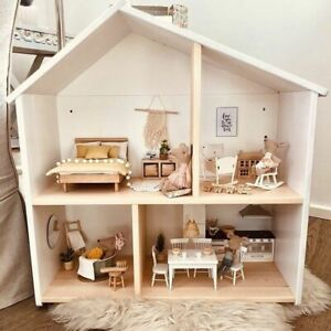 Dollhouse wallshelf