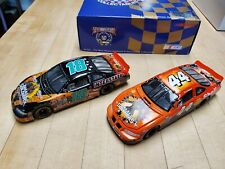 Action Platinum Tony Stewart 44  Bobby Labonte 18 SMALL SOLDIERS 1998 Set 1:32
