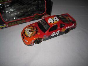 Tony Stewart #44 Small Soldiers Shell Pontiac Grand Prix Revell NASCAR 1:24