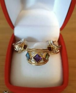 9CT YELLOW GOLD BYZANTINE STYLE JEWELLED RING SIZE K WITH MATCHING EARRINGS
