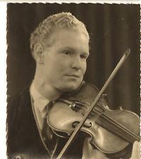 Portrait homme violoniste violon - photo ancienne amateur an. 1950