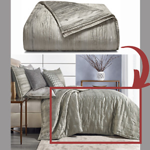 NIB $420 Hotel Collection Iridescence Full/Queen Quilted Coverlet #D114