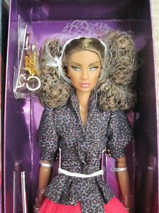 Fashion Royalty Legendary Convention Carry On Janay NRFB Industry Doll