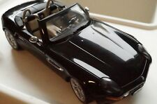 1:18  Kyosho BMW Z 8 BLACK