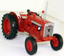 UH 1/16 Scale - 2620 Valmet 565 Red diecast model Tractor