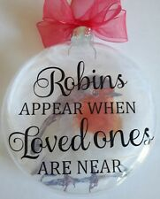 GLASS MEMORIAL CHRISTMAS KEEP SAKE BAUBLE ROBINS APPEAR WHEN LOVED ONES ARE NEAR