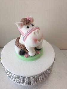 EDIBLE WHITE PONY/HORSE CAKE TOPPER DECORATION
