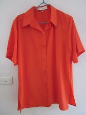 A BEAUTIFUL  SHORT SLEEVED BLOUSE SIZE M [APPROX 12] BY LADY QUEEN
